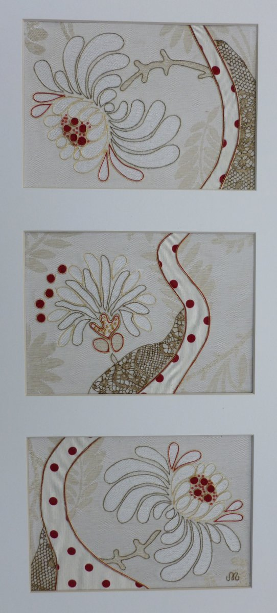 Artwork - framed 3 set waratah P1010359