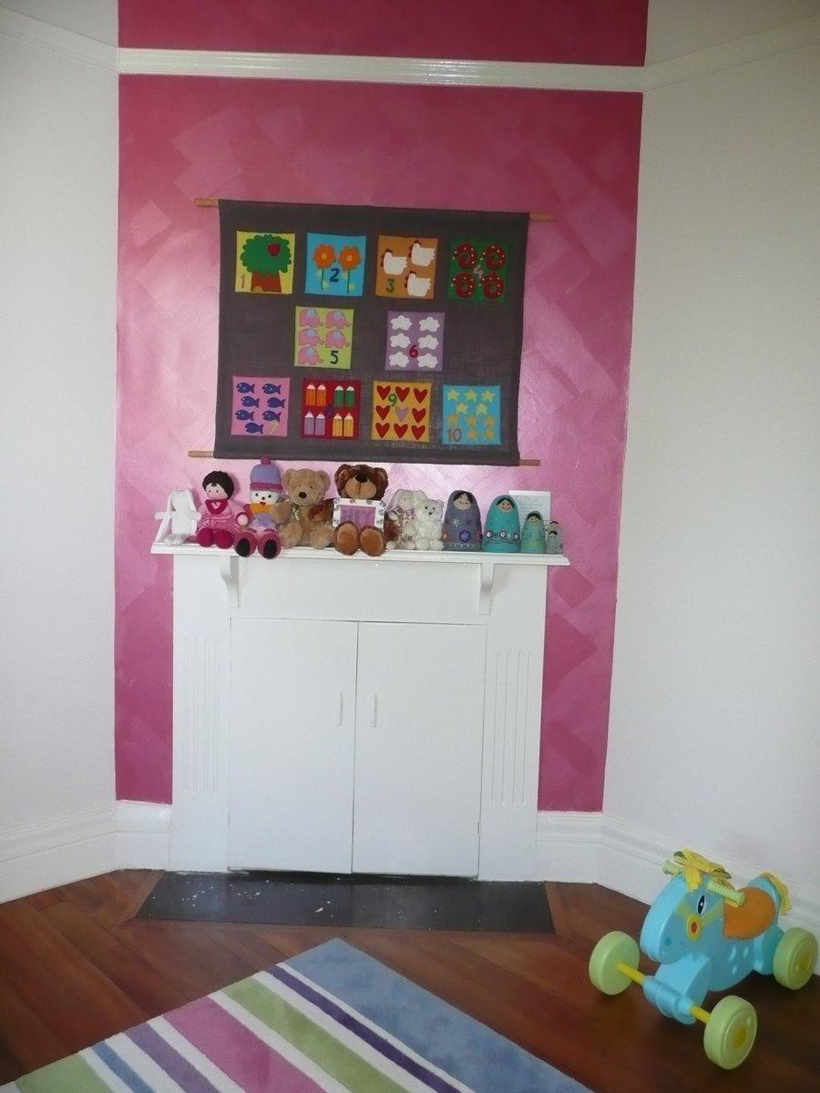 little girls pink metallic wall P1030438